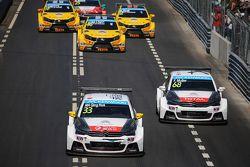 Inicio: Ma Qing Hua, Citroën C-Elysée WTCC, Citroën World Touring Car team lider