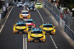 Jaap van Lagen, Lada Vesta WTCC, Lada Sport Rosneft, Nicky Catsburg, Lada Vesta WTCC, Lada Sport Rosneft et Rob Huff, Lada Vesta WTCC, Lada Sport Rosneft