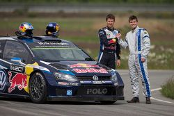 Sèbastien Ogier and Chess champion Magnus Carlsen test the VW Polo R