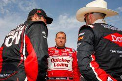 Martin Truex Jr., Furniture Row Racing Chevrolet, Ryan Newman, Richard Childress Racing Chevrolet an
