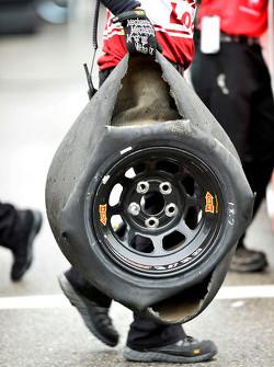 Neumáticos ponchados para Ryan Newman, Richard Childress Racing Chevrolet