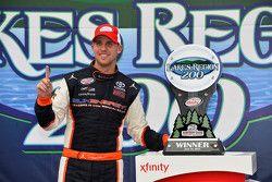 Ganador: Denny Hamlin, Joe Gibbs Racing Toyota