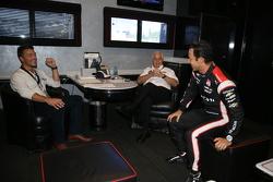 Chris Soules du Bachelor avec Roger Penske et Helio Castroneves, Team Penske