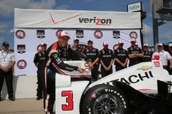 Ganador de la pole Helio Castroneves, Team Penske