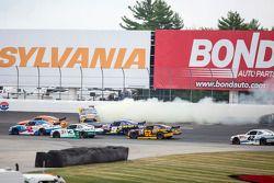 Denny Hamlin, Joe Gibbs Racing Toyota spins