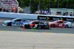 Dale Earnhardt Jr., Hendrick Motorsports Chevrolet, Kasey Kahne, Hendrick Motorsports Chevrolet and