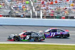 Kasey Kahne, Hendrick Motorsports Chevrolet y Denny Hamlin, Joe Gibbs Racing Toyota