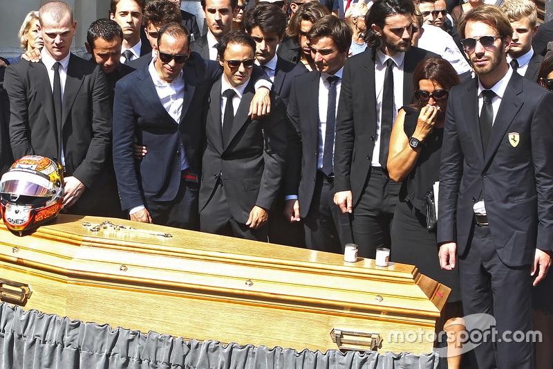A morte de Bianchi foi anunciada no dia 17 de julho de 2015, se tornando o primeiro piloto da F1 a morrer em função de um acidente de pista, após Ayrton Senna.
