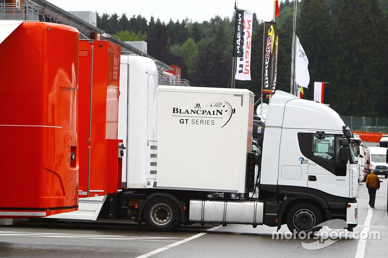 Transporter Blancpain GT Series