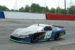 Matthew Brabham, David Gilliland Racing'i test ediyor