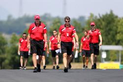 John Booth, director del equipo, Manor F1 Team y Graeme Lowdon, Manor F1 Team Director Ejecutivo