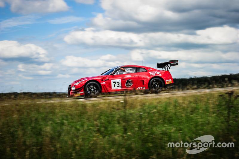 #73 MRS GT Racing Nissan GT-R Nismo GT3 : Sean Walkinshaw, Craig Dolby, Martin Plowman