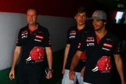 Carlos Sainz Jr., Scuderia Toro Rosso with Max Verstappen, Scuderia Toro Rosso