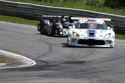 #33 Riley Motorsports SRT Viper GT3-R : Ben Keating, Jeroen Bleekemolen