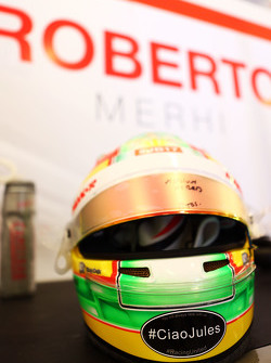 The helmet of Roberto Merhi, Manor F1 Team with a tribute to Jules Bianchi