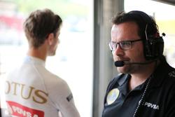 Julien Simon-Chautemps, Romain Grosjean race engineer, Lotus F1 Team