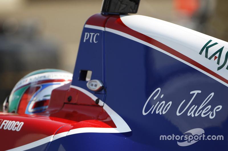 Ciao Jules sticker on машина для Антоніо Фуоко, Carlin