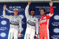Кваліфікація ТОП-3 в закритому парку,: Ніко Росберг, Mercedes AMG F1, second; Льюїс Хемілтон, Merced