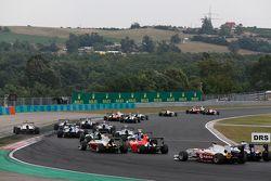 Luca Ghiotto, Trident, leads Esteban Ocon, ART Grand Prix & Emil Bernstorff, Arden International at