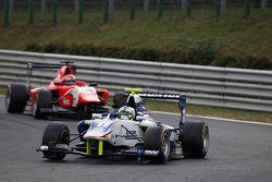 Jimmy Eriksson, Koiranen GP lidera a Kevin Ceccon, Arden International