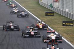 Arthur Pic, Campos Racing, lidera a Stoffel Vandoorne, ART Grand Prix, Jordan King, Racing Engineeri