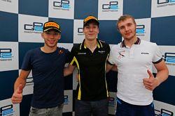 Алекс Линн, DAMS, Пьер Гасли DAMS и Сергей Сироткин, Rapax на пресс-конференции после гонки