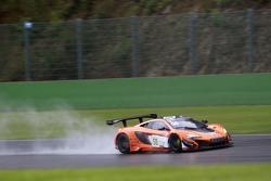 #58 Von Ryan Racing McLaren 650S: Shane van Gisbergen, Rob Bell, Kevin Estre