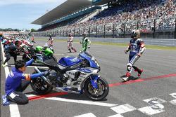 Acción en el inicio de la carrera
