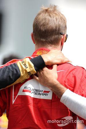 Les pilotes durant la minute de silence en hommage à Jules Bianchi, Kimi Raikkonen, Scuderia Ferrari