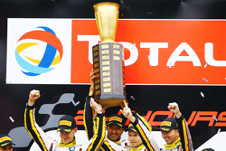 Podium: race winners Markus Palttala, Nicky Catsburg, Lucas Luhr, Marc VDS Racing Team
