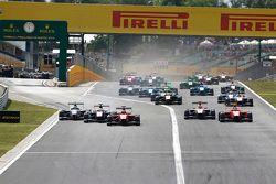 Kevin Ceccon, Arden International, leads Antonio Fuoco, Carlin, Jimmy Eriksson, Koiranen GP and Emil