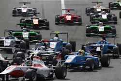 Pal Varhaug, Jenzer Motorsport y Matthew Parry, Koiranen GP