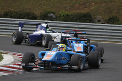 Пел Вархауг, Jenzer Motorsport лідирує  Ральф Бошунг, Jenzer Motorsport & Аддерлі Фонг, Koiranen GP