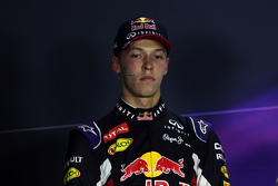 Daniil Kvyat, Red Bull Racing, en la conferencia de prensa