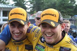 Yarış kazananı #97 Turner Motorsport BMW Z4: Michael Marsal, Dane Cameron