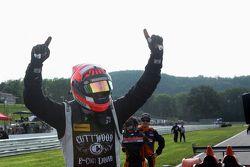 Juara balapan #52 PR1 Mathiasen Motorsports Oreca FLM09: Mike Guasch, Tom Kimber-Smith