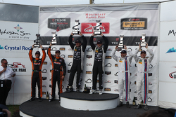 PC podium: ganadores #52 PR1 Mathiasen Motorsports Oreca FLM09: Mike Guasch, Tom Kimber-Smith, segun