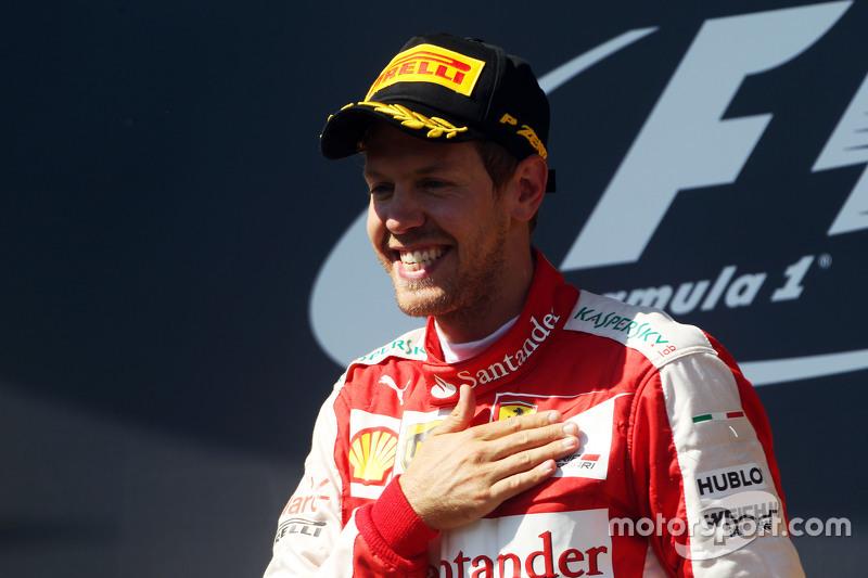 В 2015 году Феттель принес Ferrari три победы. Взаимной благодарности не было предела