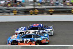 Ricky Stenhouse Jr., Roush Fenway Racing Ford ve Trevor Bayne, Roush Fenway Racing Ford