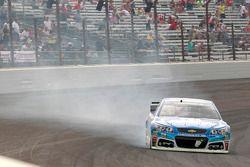 Dale Earnhardt Jr., Hendrick Motorsports Chevrolet crashes