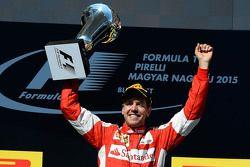 El ganador, Sebastian Vettel, Ferrari