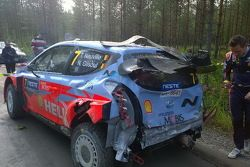 Accidente Thierry Neuville, Hyundai World Rally Team