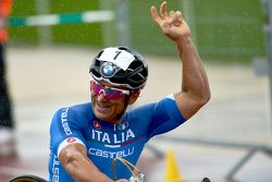 Alex Zanardi competes at the UCI Para-cycling World Championship