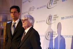 Vinod Kumar, MD y CEO de Tata Communications y Bernie Ecclestone