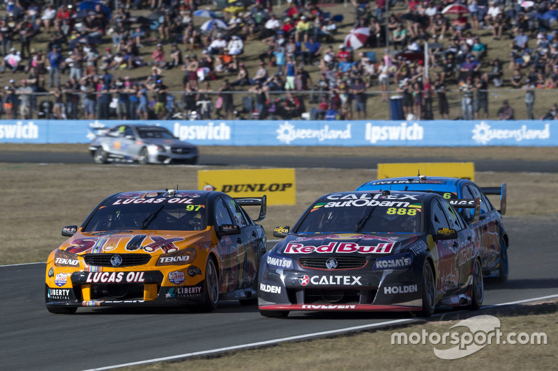 Craig Lowndes, Triple Eight Race Engineering Holden and Shane van Gisbergen, Tekno Autosports Holden
