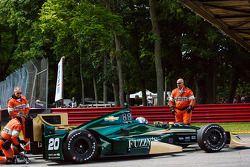 Luca Filippi, CFH Racing Chevrolet est arrêté en piste