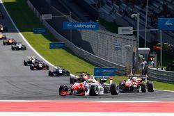 Джейк Деннис, Prema Powerteam Dallara Mercedes-Benz и Феликс Розенквист, Prema Powerteam Dallara Mer