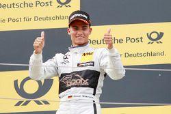 Le deuxième, Pascal Wehrlein, HWA AG Mercedes-AMG C63 DTM