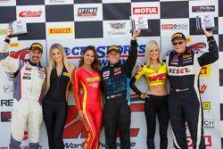 Podio: Ganador de la Carrera Kris Wilson, el segundo lugar Jack Baldwin, y el tercer lugar de Dean Martin