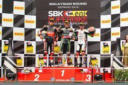 Podium: 2. Chaz Davies, Ducati Team; 1. Jonathan Rea, Kawasaki; 3. Max Biaggi, Aprilia Racing Team